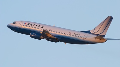 N388UA - Boeing 737-322 - United Airlines