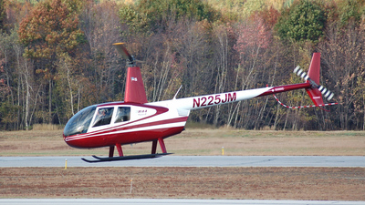 A picture of N225JM - Robinson R44 II - [10954] - © Nick Michaud