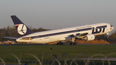 SP-LPA - Boeing 767-35D(ER) - LOT Polish Airlines