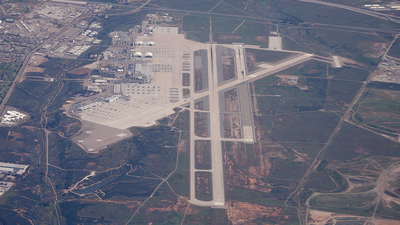 KNKX - Airport - Airport Overview