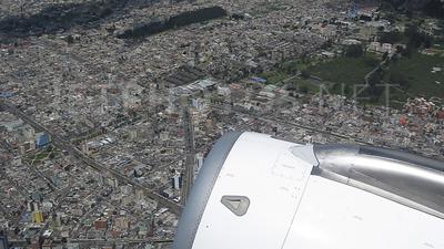 HC-CHN - Airbus A318-121 - LAN Ecuador