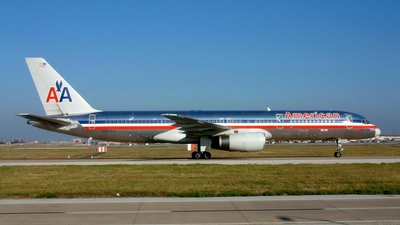 N663AM - Boeing 757-223 - American Airlines
