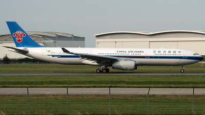 F-WWKF - Airbus A330-343 - China Southern Airlines
