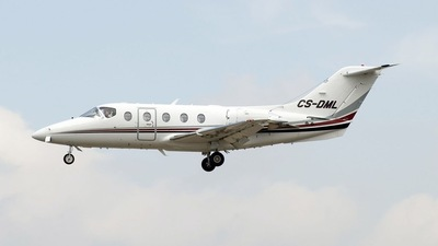 CS-DML - Raytheon Hawker 400XP - NetJets Europe