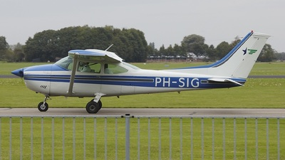 PH-SIG - Cessna 182P Skylane - Private