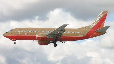 N670SW - Boeing 737-3G7 - Southwest Airlines