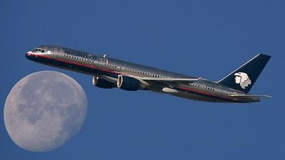 N801AM - Boeing 757-2Q8 - Aeroméxico