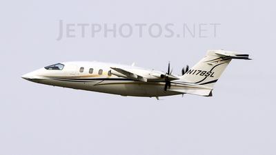 n178sl | piaggio p-180 avanti | avantair | jetphotos