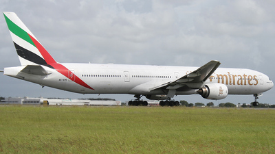 A6-EMS - Boeing 777-31H - Emirates