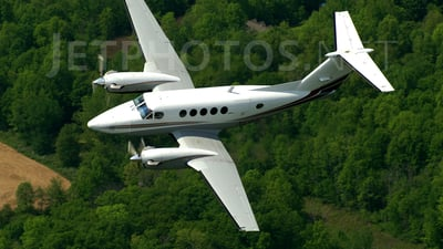 N64DC - Beechcraft 200 Super King Air - Private