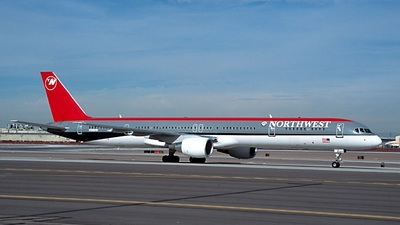 N586NW - Boeing 757-351 - Northwest Airlines