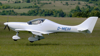 D-MEIH - AeroSpool Dynamic WT9 - Private