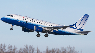 N862RW - Embraer 170-100SE - United Express (Shuttle America)