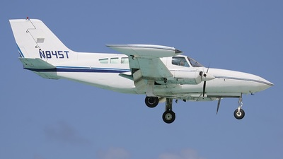 A picture of N845T - Cessna 402B - [402B00861] - © Luigi Macciò