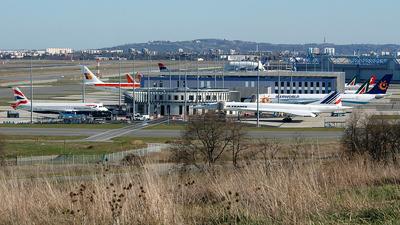 LFBO - Airport - Terminal