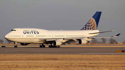 N127UA - Boeing 747-422 - United Airlines