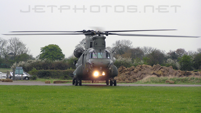 ZA712 - Boeing Chinook HC.2 - United Kingdom - Royal Air Force (RAF)