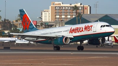 N657AW - Airbus A320-232 - America West Airlines