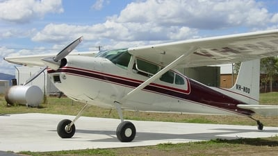 VH-NDD - Cessna 180J Skywagon - Private