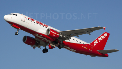D-ALTK - Airbus A320-214 - Air Berlin (LTU)