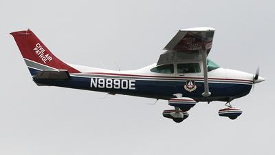 A picture of N9890E - Cessna 182R Skylane - Civil Air Patrol - © Bruce Leibowitz