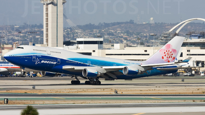 B-18210 - Boeing 747-409 - China Airlines