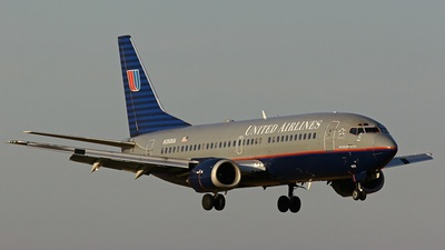 N350UA - Boeing 737-322 - United Airlines
