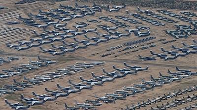 - Lockheed C-141B Starlifter - United States - US Air Force (USAF)