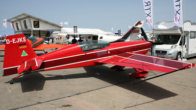 D-EJKS - Extra 300S - Private