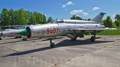 9407 - Mikoyan-Gurevich MiG-21bis Fishbed L - Poland - Air Force