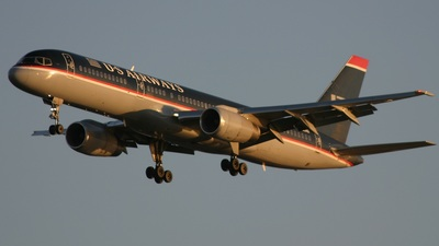 - Boeing 757-2B7 - US Airways
