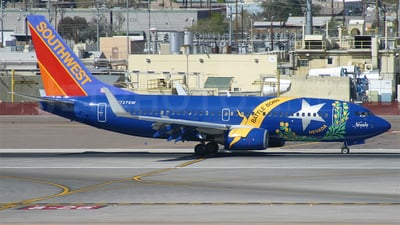 N727SW - Boeing 737-7H4 - Southwest Airlines