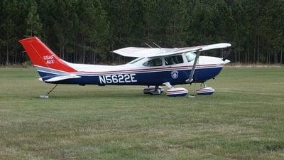 N5622E - Cessna 182R Skylane II - Private