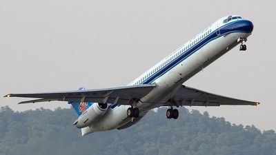 B-2139 - McDonnell Douglas MD-82 - China Southern Airlines