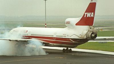 N81025 - Lockheed L-1011-100 Tristar - Trans World Airlines (TWA)