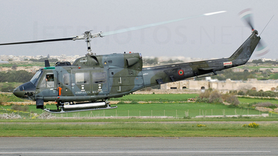 MM81211 - Agusta-Bell AB-212AM - Italy - Air Force