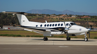 N350TK - Beechcraft B300 King Air 350 - Private