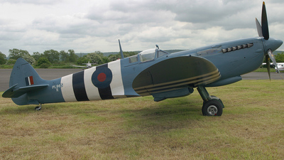G-MKXI - Supermarine Spitfire PR.XI - Private