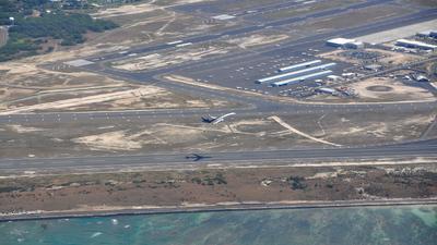 PHNL - Airport - Runway