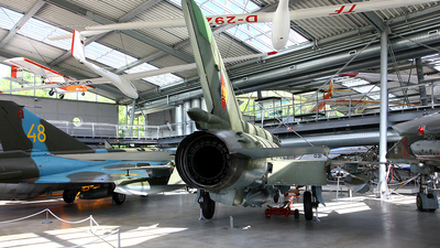 687 - Mikoyan-Gurevich MiG-21MF Fishbed J - German Democratic Republic - Air Force
