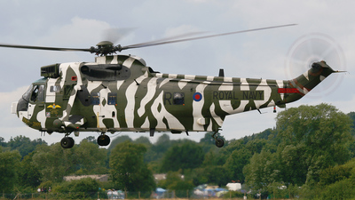 ZF115 - Westland Sea King HC.4 - United Kingdom - Royal Navy