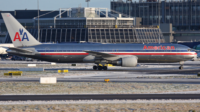 N385AM - Boeing 767-323(ER) - American Airlines