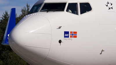 LN-RRB - Boeing 737-783 - SAS Norge