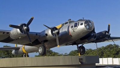 FAB5402 - Boeing SB-17G Flying Fortress - Brazil - Air Force