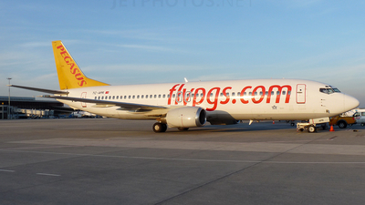 TC-APR - Boeing 737-4Y0 - Pegasus Airlines