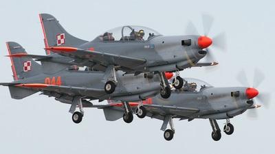 049 - PZL-Okecie PZL-130 TC-II Orlik - Poland - Air Force