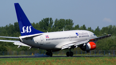 LN-RRY - Boeing 737-683 - SAS Norge