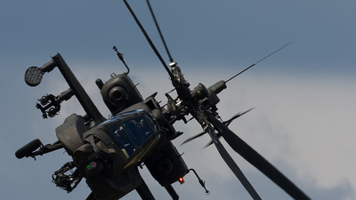 Q-09 - Boeing AH-64D Apache - Netherlands - Royal Air Force