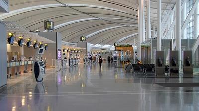CYYZ - Airport - Terminal
