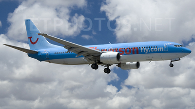 G-CDZN - Boeing 737-804 - Thomson Airways